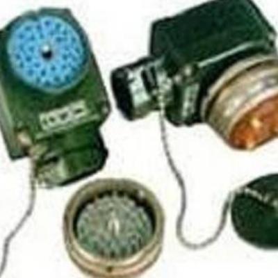 Y16系列圆形电连接器 插头/插座